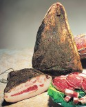 Guanciale Tradizionale dei Castelli Romani affumicato intero  - 1,0-1,3 kg - Castelli Salumi